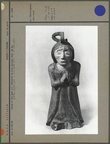 Vierge ou Sainte Anne en bois sculpté