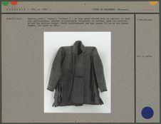 Manteau court en bure grise décoré