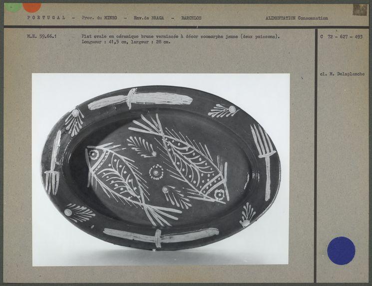 Plat ovale en céramique
