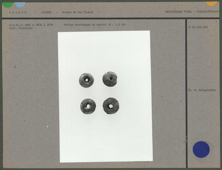 Perles biconiques en cuivre
