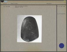 Hache néolithique en pierre