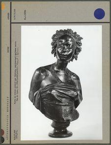 Buste en bronze exécuté par Cordier, femme noire