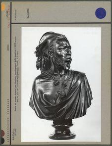 Buste en bronze, Saïd Abdallah, vue de trois-quarts