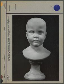 Buste de marbre blanc exécuté par Cordier, enfant