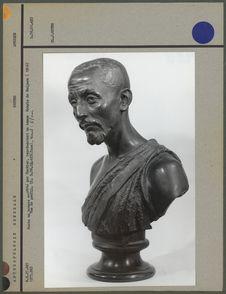 Buste en bronze, kabyle de Badjara, profil