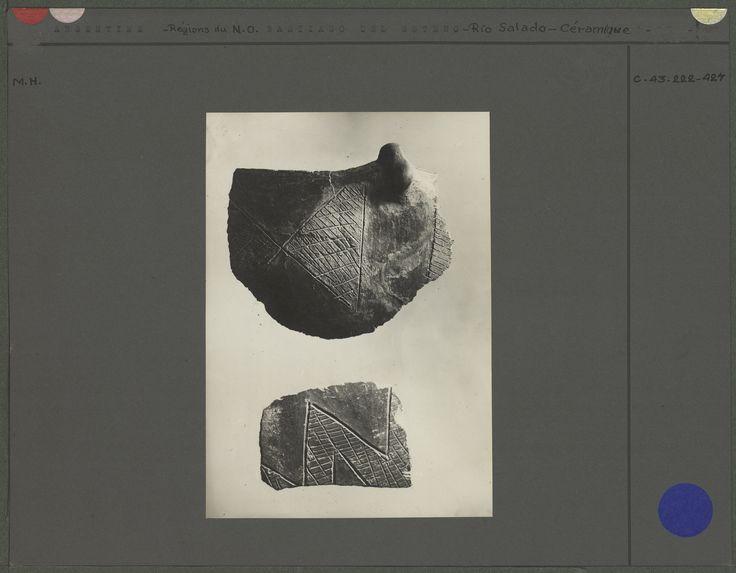 Céramique noire gravée