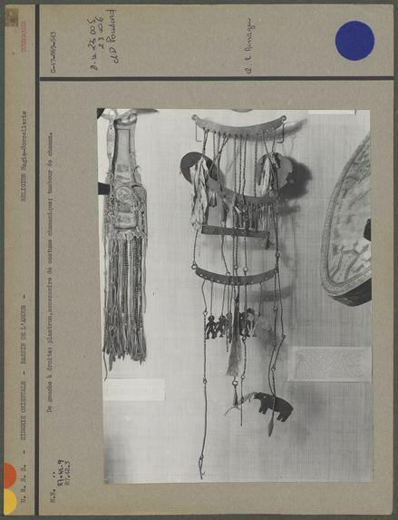 Galerie d'Asie, accessoires de chaman