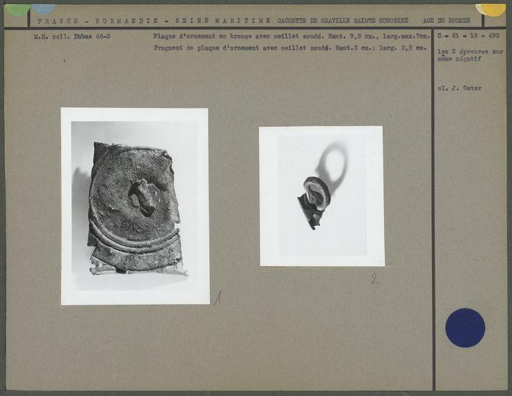 Fragments de plaque de bronze