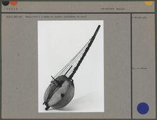 Harpe-luth à 2 rangs de cordes