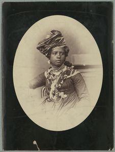 Guadeloupe ; Type et costume de mûlatresse