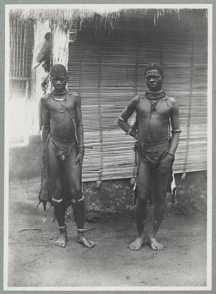 Boudoukou. Deux hommes [portrait d'hommes]