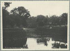 Tombeau de Tu-Duc. Pièce d'eau