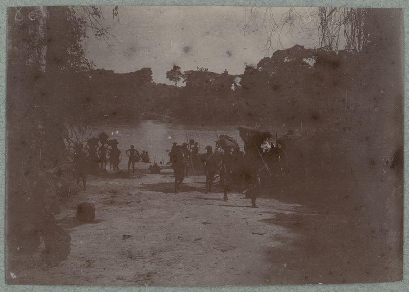 Débarcadère de Carnot. Ekelo-Mambéré