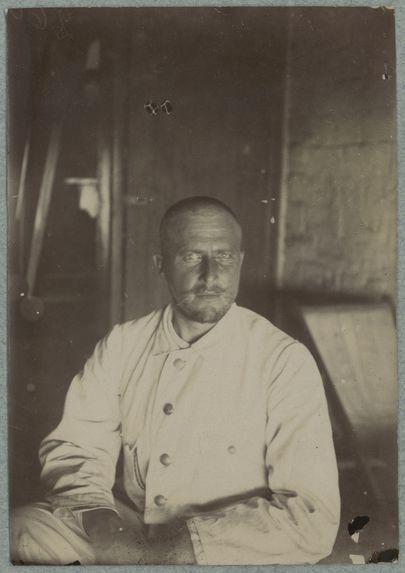 Sous-officier allemand chef de l'escorte de Von Carnap. Carnot