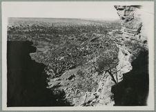 Falaise de Sanga. Village d'Iréli