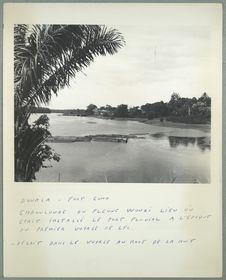 Douala. Fort Gono. Embouchure du fleuve Wouri lieu où était installé le port...
