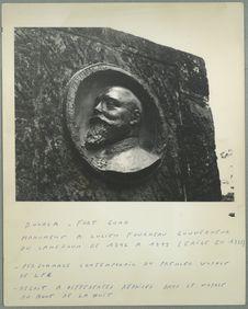 Douala. Fort Gono. Monument à Lucien Fourneau