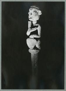 Bâton Janus [sommet avec une représentation anthropomorphe]