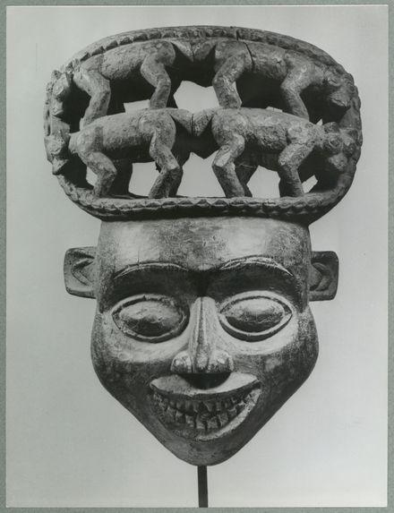 Masque Keun de King maker. Style de Babanki