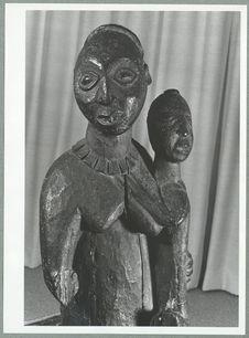 Statue commémorative d'Anyi, mère de jumeaux