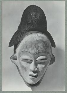 Totengeistmaske vom Ogowe-Flussgebiet, Gabun, Afrika [masque]