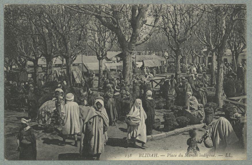 Blidah.- Place du Marché indigène