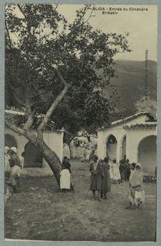 Blida - Entrée du Cimetière El-Kebir