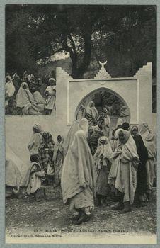 Blida - Porte du Tombeau de Sidi El-Kebir
