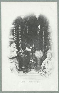 Israélites de Tunisie. Tunis. Ciseleur juif