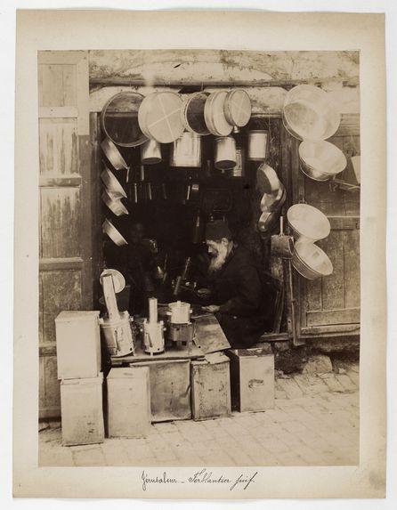 6435. Ferblantier juif à Jérusalem