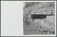 Chambre naturelle dans les ruines du ksar