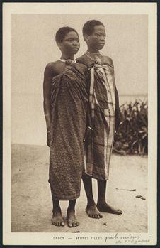 Jeunes filles pahouines de l'Ogooué
