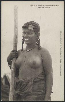 Femme Maure