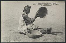 """Femme """"Sourhaï"""" de la région de Tombouctou"""