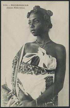 Jeune fille Vézo