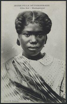 Jeune fille Bétsimisiraka
