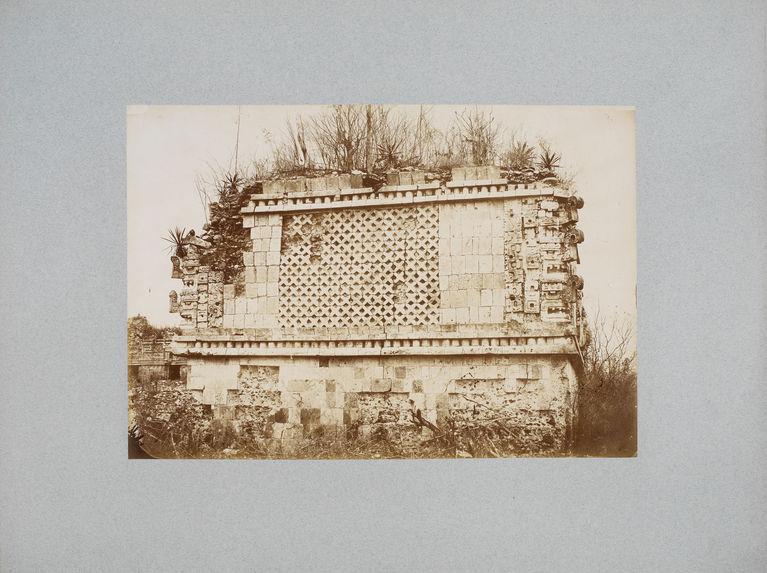 Palais des nonnes à Uxmal, détail du côté sud