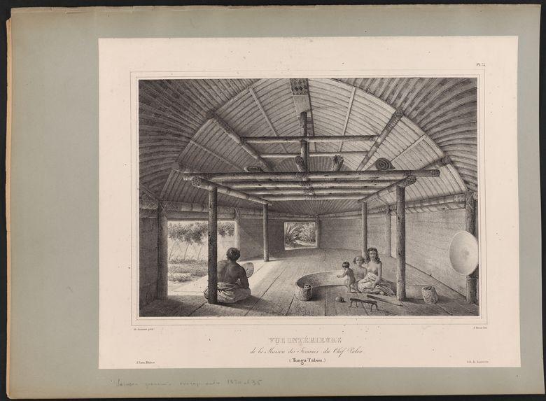 Vue intérieure de la Maison des Femmes du Chef Palou (Tonga Tabou)