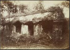 Palenque. Façade occidentale de l'aile intérieure du palais