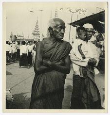 Bonze à Rangoon
