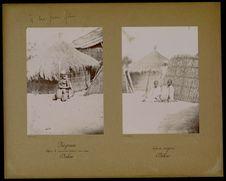 Négresse pilant du coucouss devant une case Dakar