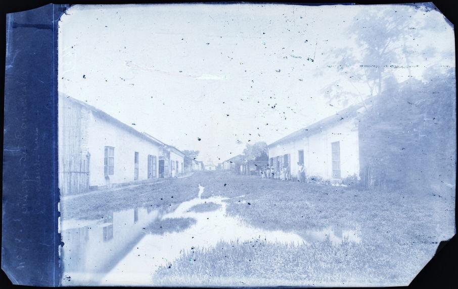 Comalcalco. Vue du village, la grande rue