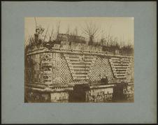Palais des nonnes à Uxmal, détail de la façade dite Egyptienne