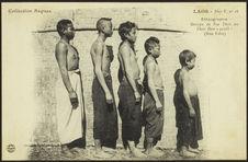 Groupe de Pou Thaïs ou Thaï Dam