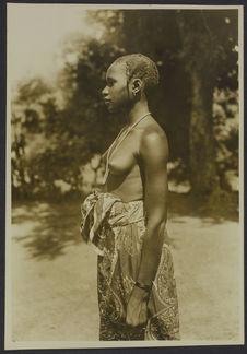 Jeune fille malinké, Faranah, Dabola, Guinée