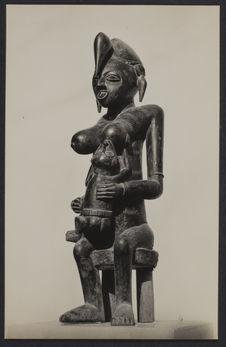 Maternité. Sculpture
