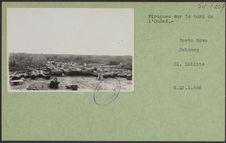 Pirogues sur le bord de l'Ouémé