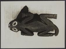 Masque Bamoun utilisé pour la dans des Ndja et représentant un crocodile,...