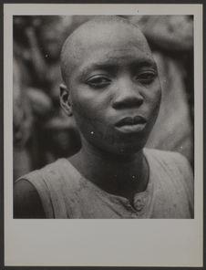 Fille de race bété ; Côte d'Ivoire