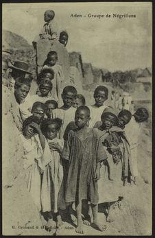 Aden. Groupe de Négrillons